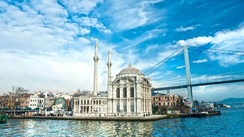 Mezquita de Ortaköy en Estambul