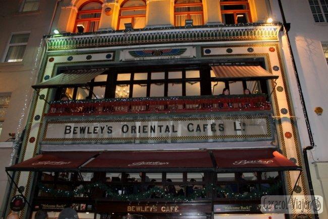 Bewley's Oriental Cafe, Dublín