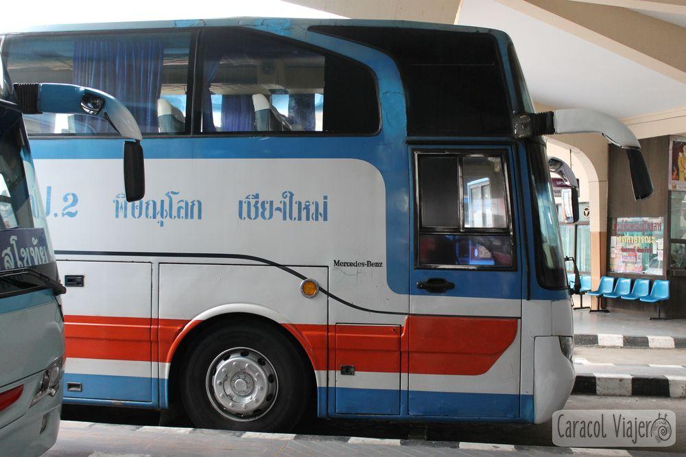 Bus Sukhothai, Tailandia.