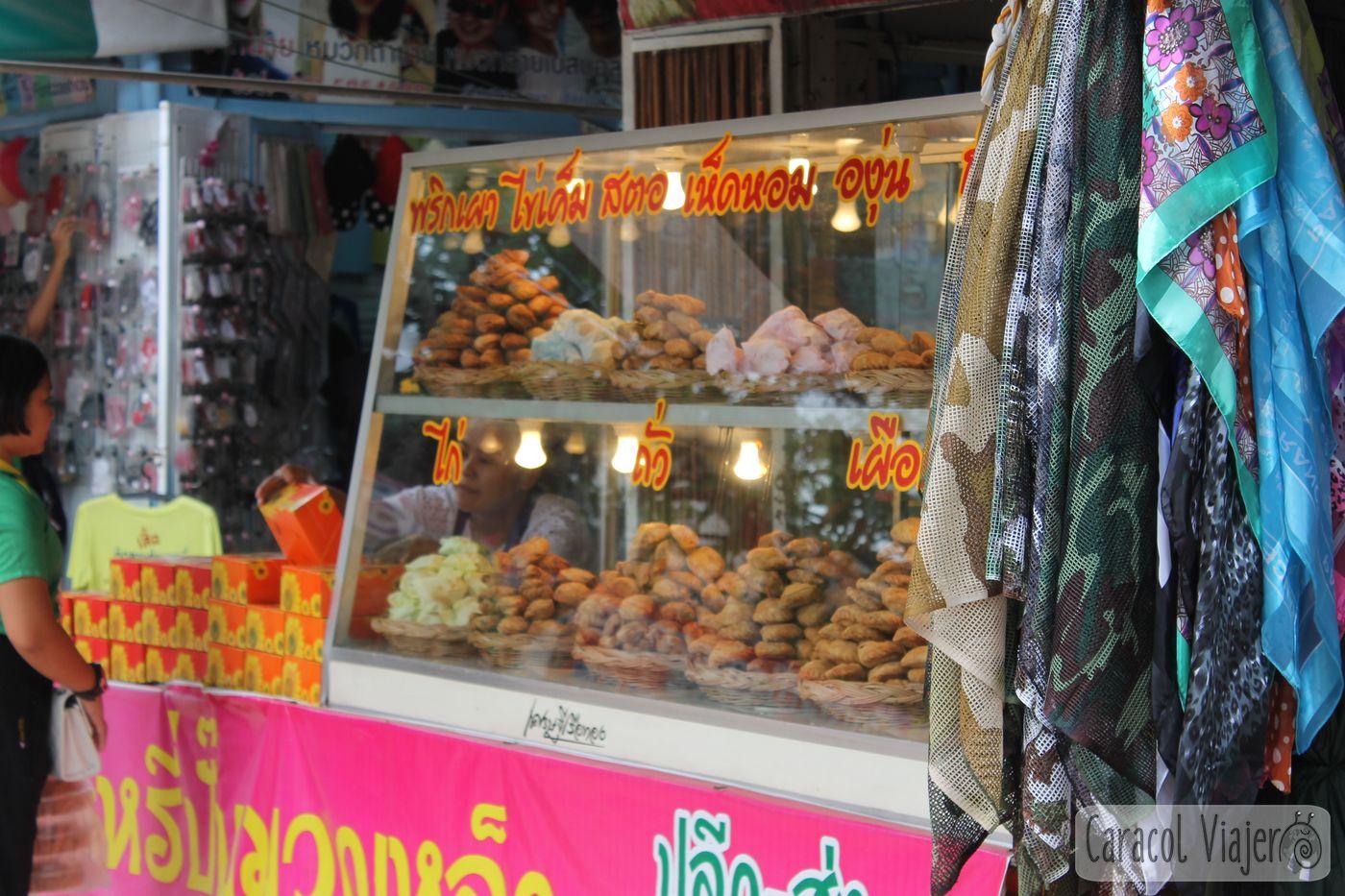 Mercado flotante pasteles salados Ayutthaya