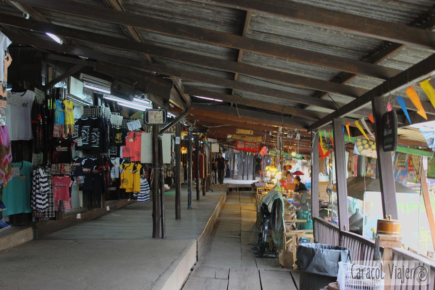 Interior del mercado flotante Ayutthaya