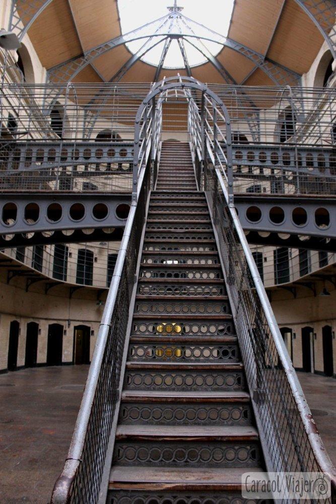 Escaleras cárcel Dublín