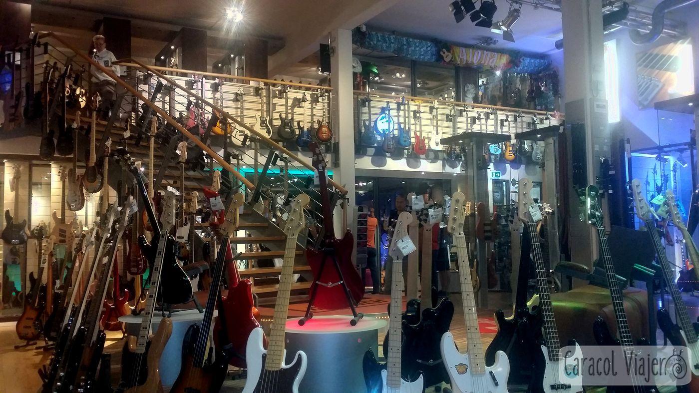 tienda de música más grande de Europa