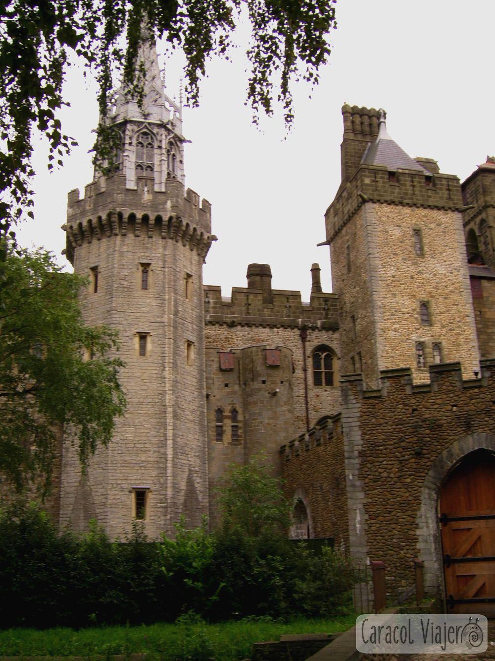 Vistas desde Bute Park. Castillo de Cardiff - Gales
