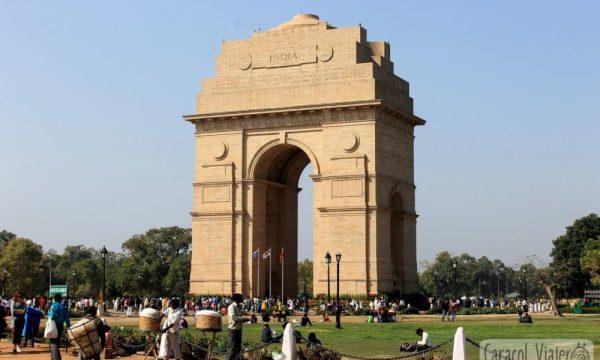 ¿Cómo ir del aeropuerto de Delhi al centro?