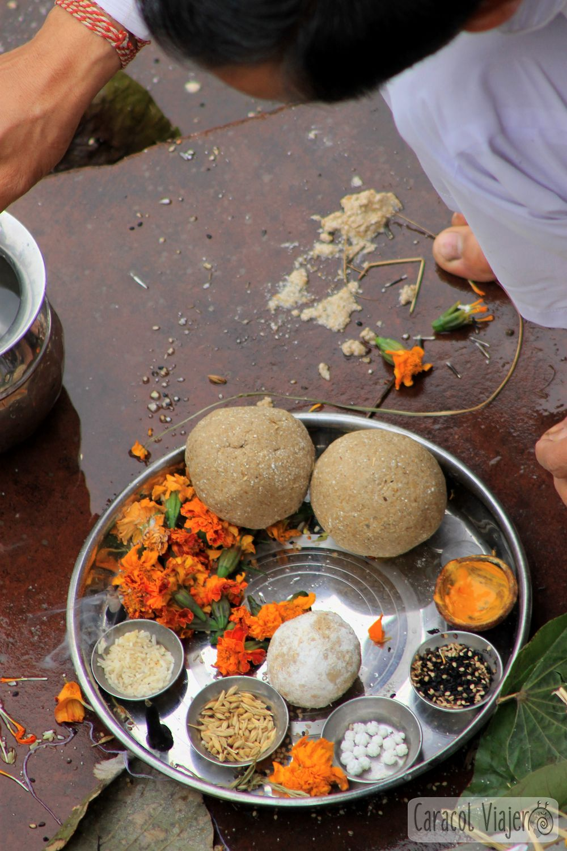 ofrendas a los dioses hindúes, Haridwar