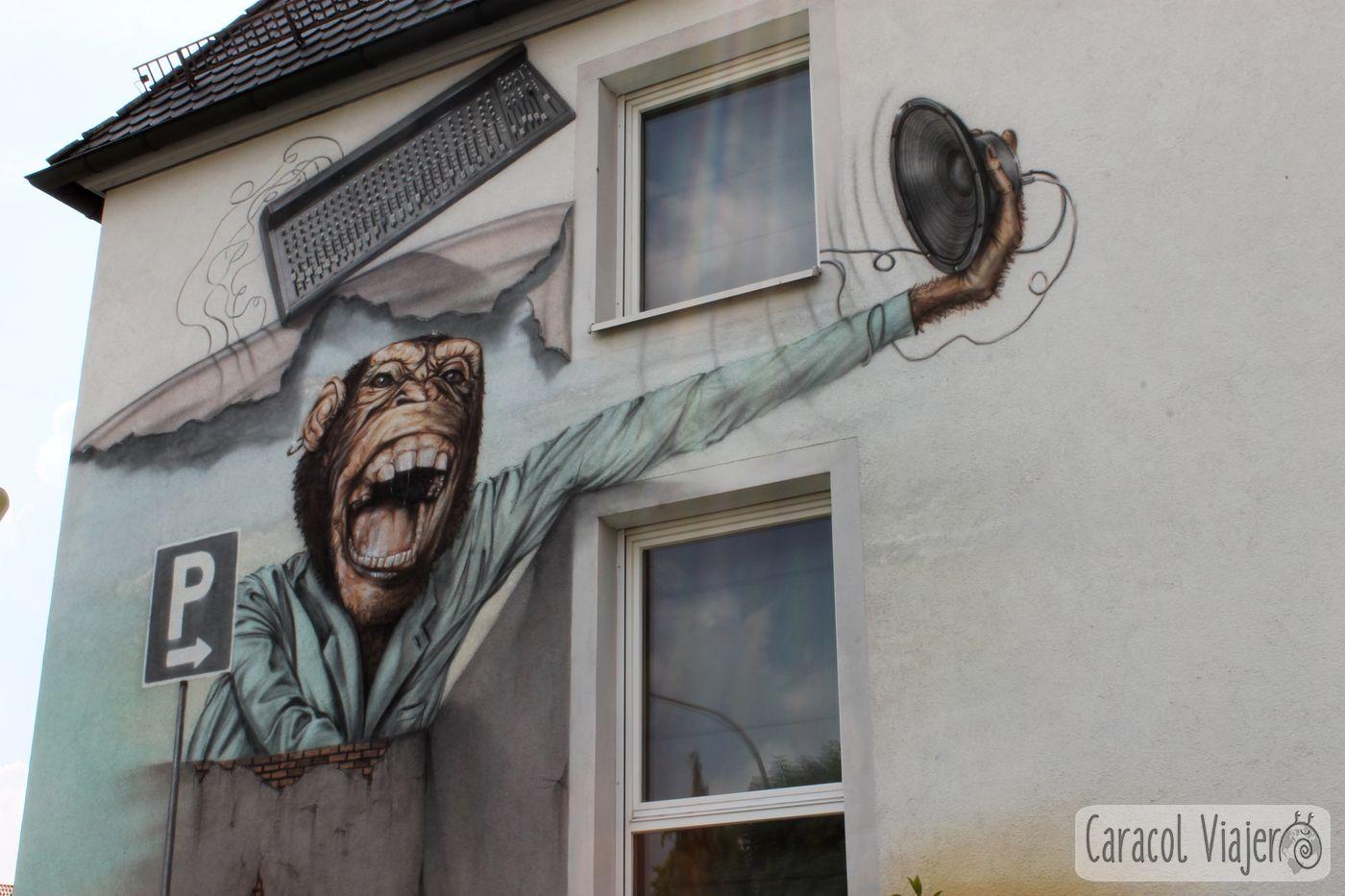 Thomann tienda exterior, mono