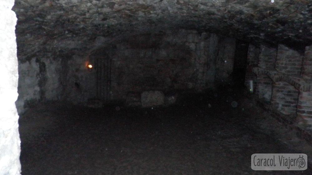 Bóvedas del puente sur Edimburgo