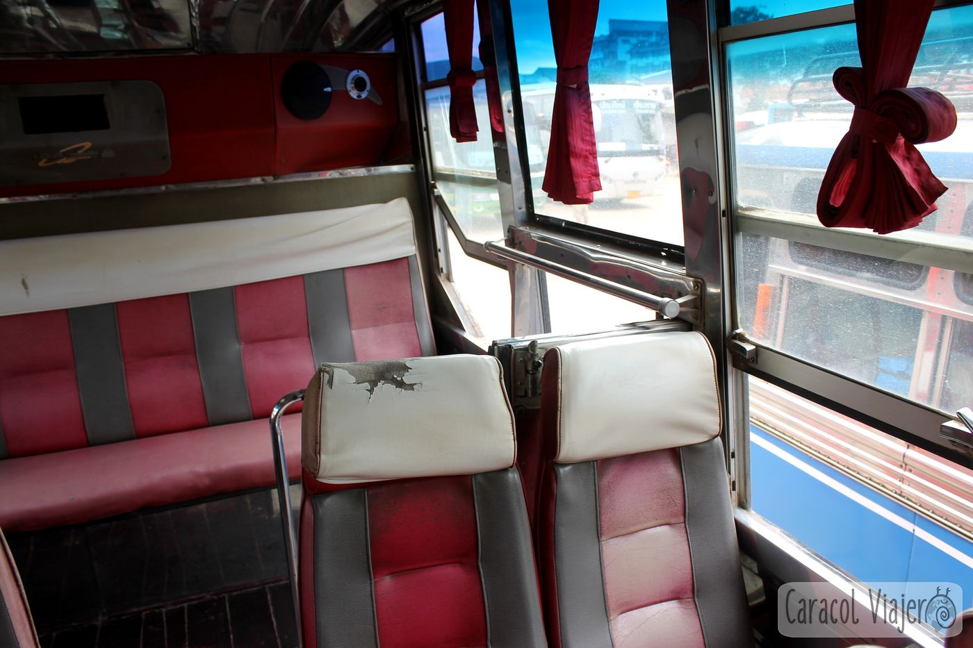 Interior bus Chiang Khong