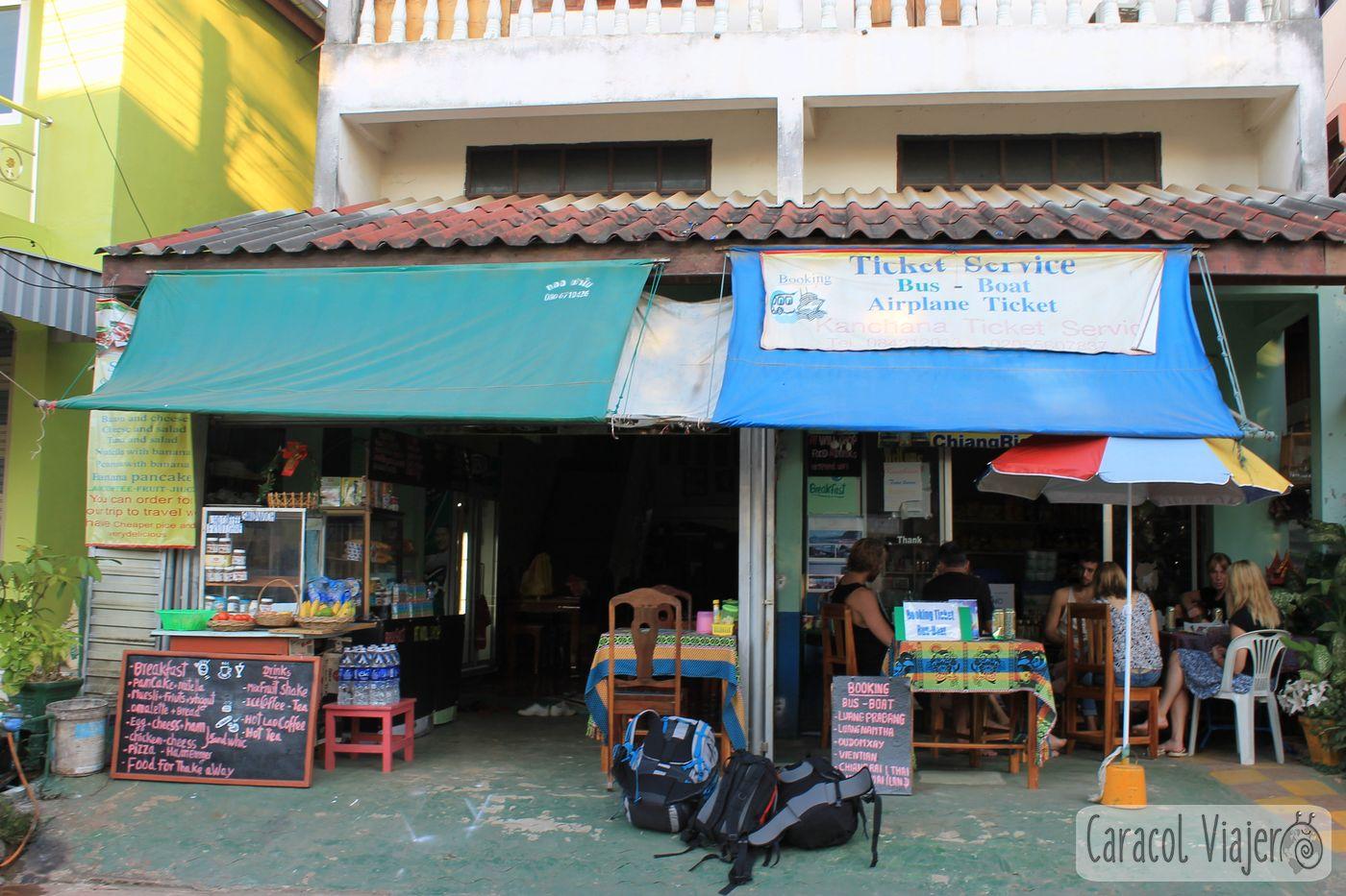 Desayuno en Huay Xai