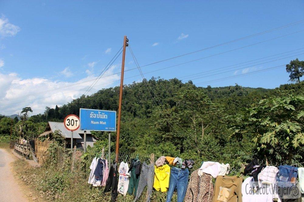 Laos y tendederos