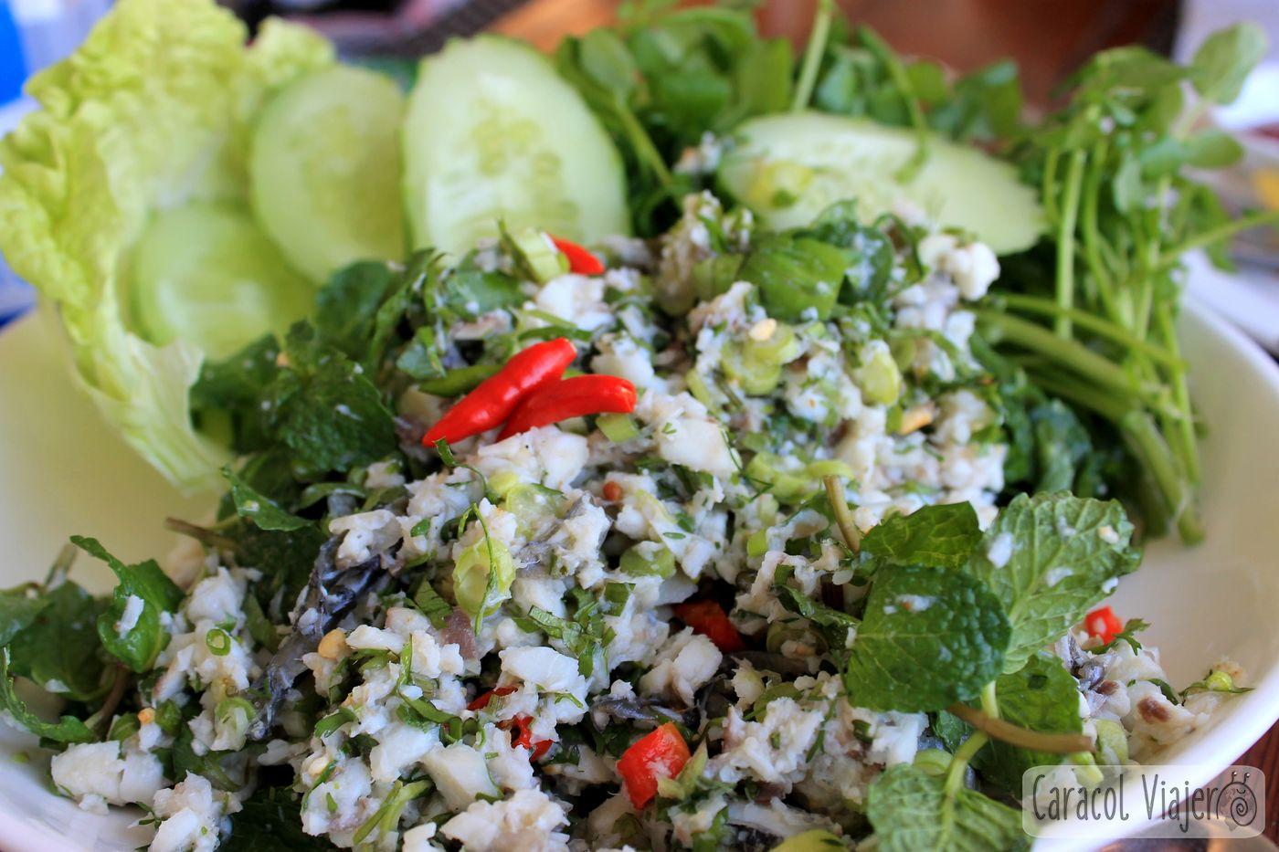 Larb plato típico de Laos