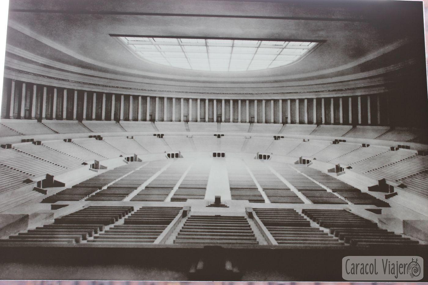Hall de congresos en Núremberg, foto antigua