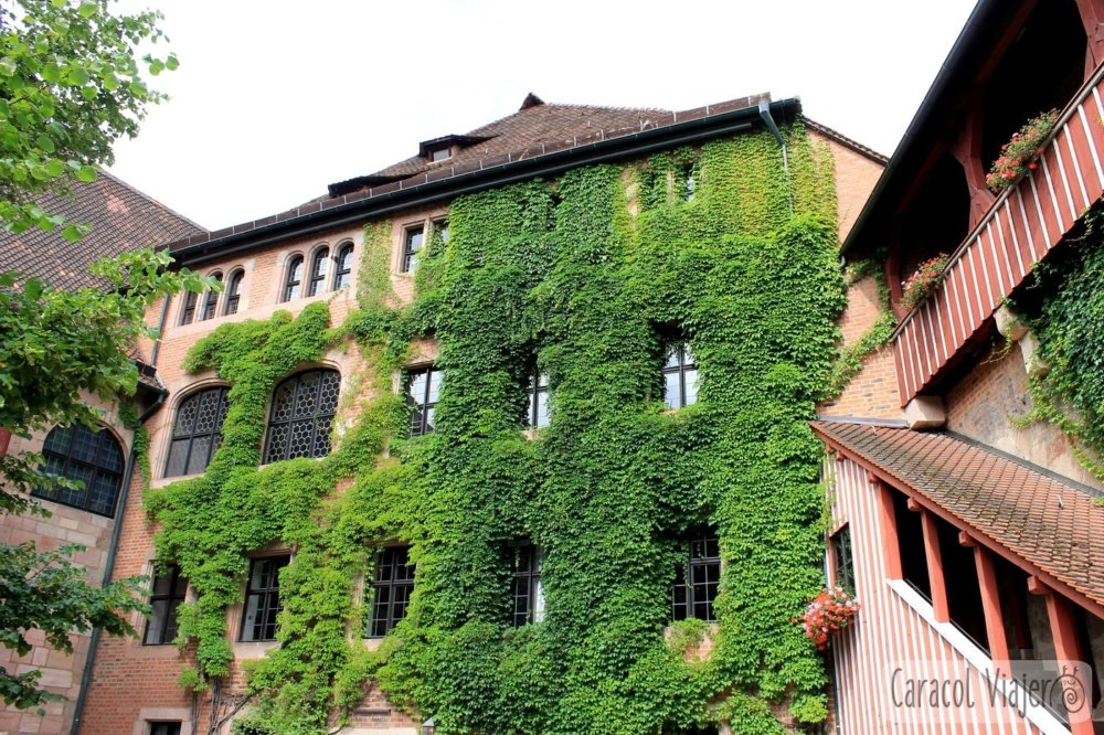 Patio interior castillo Núremberg