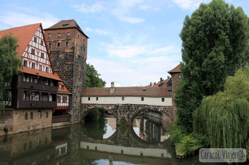 Río Pegnitz casas en Núremberg