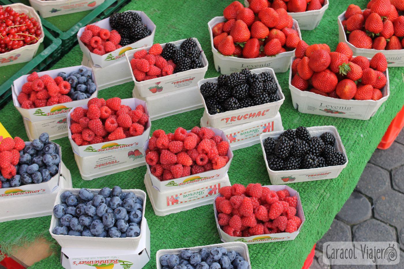 frutos rojos en mercado de Núremberg