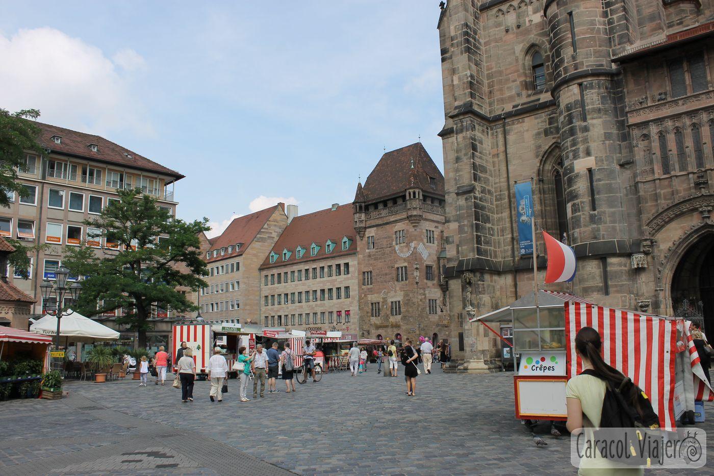 Plaza de catedral de San Lorenzo Núremberg