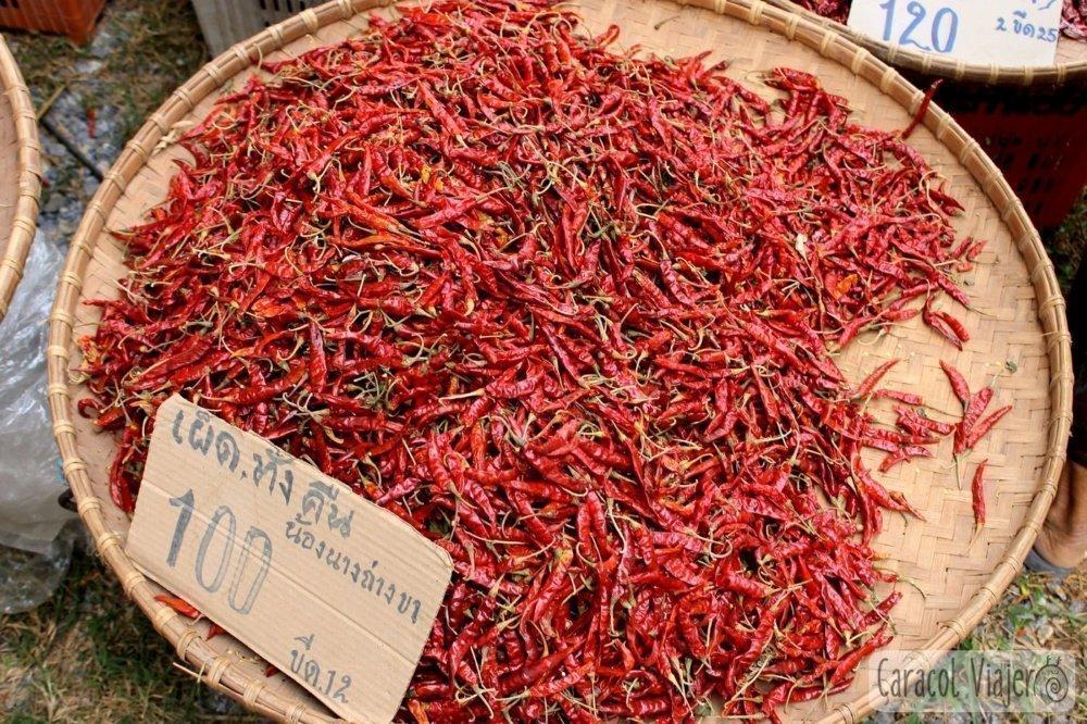 Guindillas mercado Sukhtohai