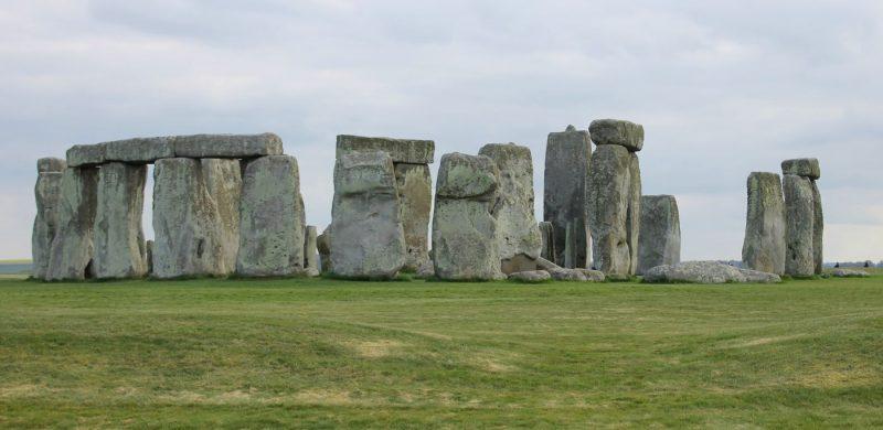 ¡Campiña inglesa: escapada a Stonehenge y a Castle Comble!
