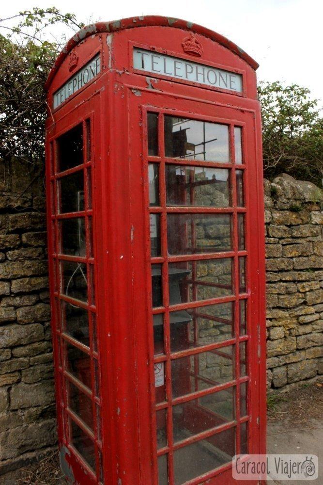 Lacock, cabina de teléfono