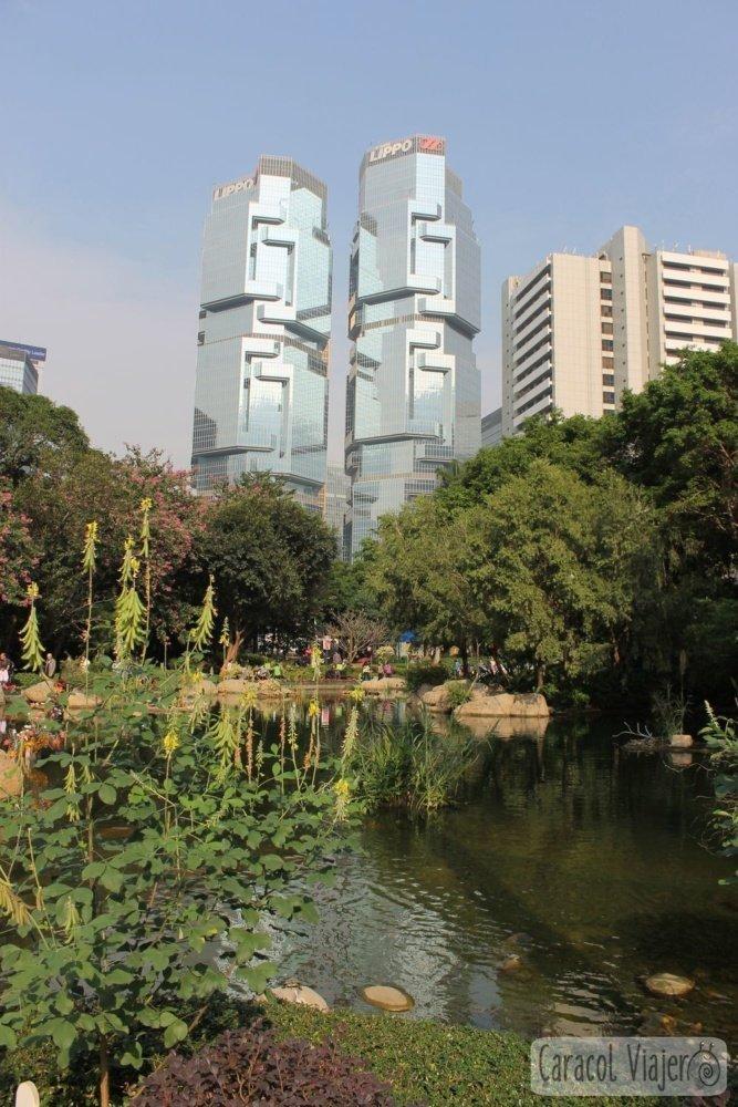 Hong Kong, rascacielos desde los jardines botánicos y zoológico