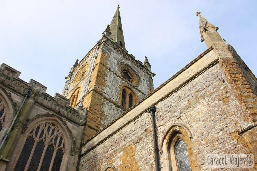 Holy Trinity Church - tumba de Shakespeare
