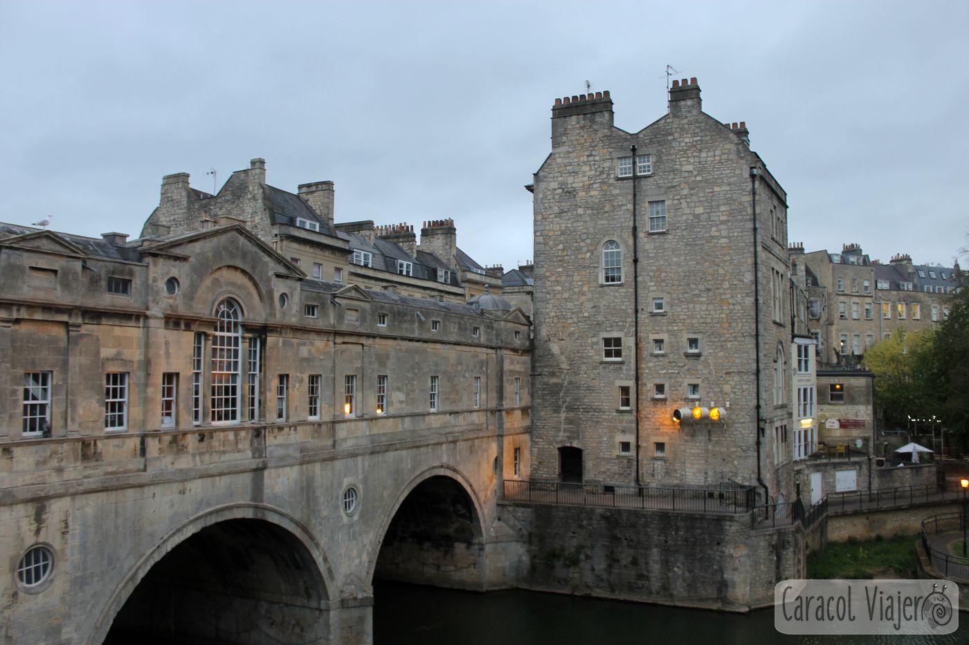 Río Avon a su paso por Bath