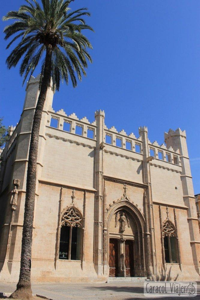 Palma gótica fachada
