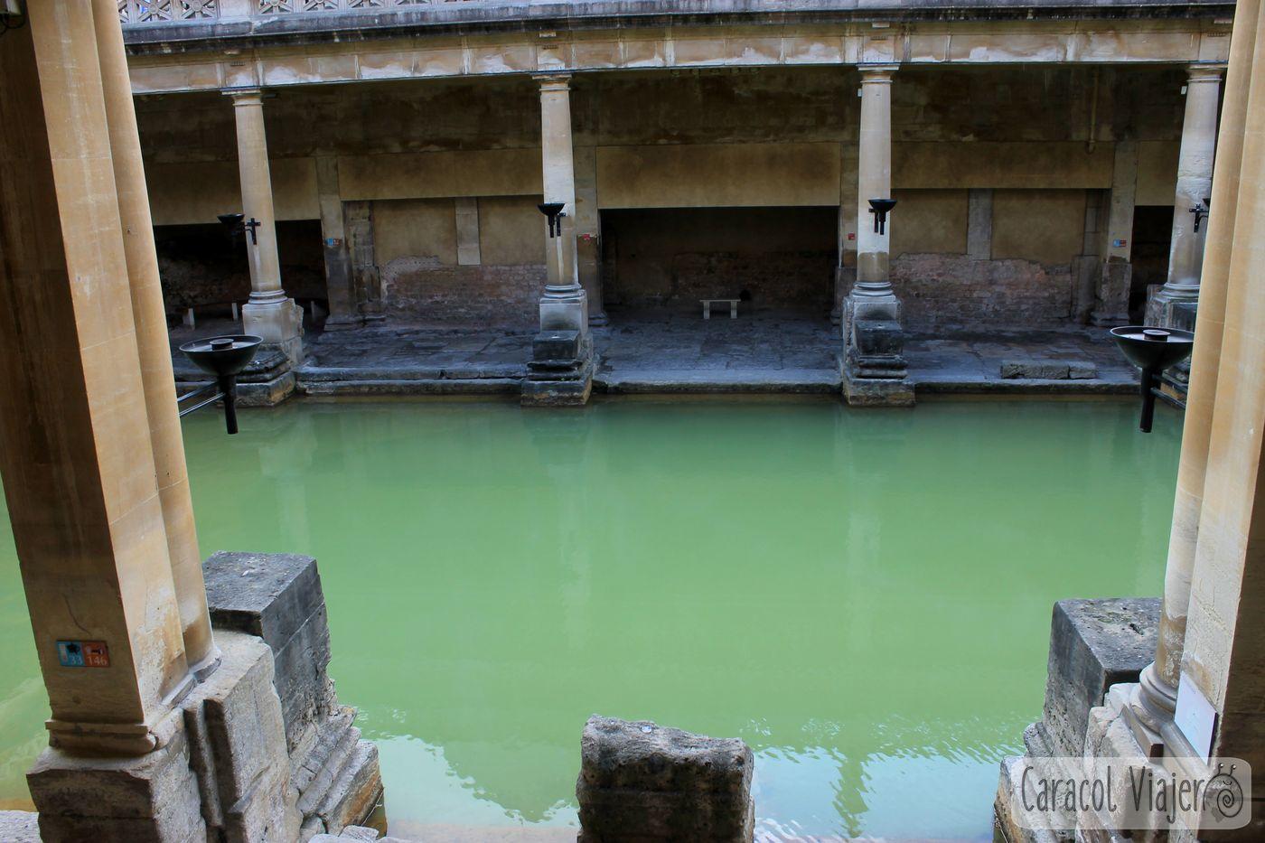 Interior de las termas de Bath