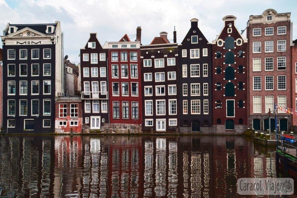 Ámsterdam casas y canales