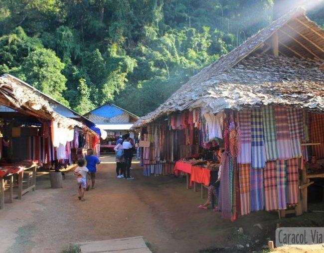 ¿Visitar la aldea de las mujeres jirafa? | Ruta Mae Hong Son