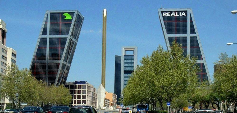 Torres Kío - Madrid Puerta de Europa