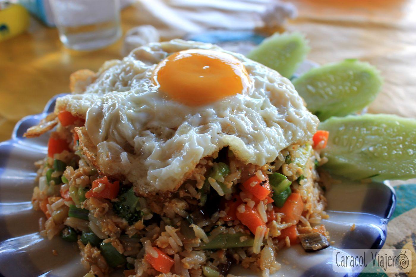 Plato arroz Laos