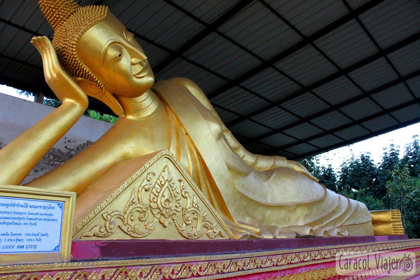 Laos buda dorado
