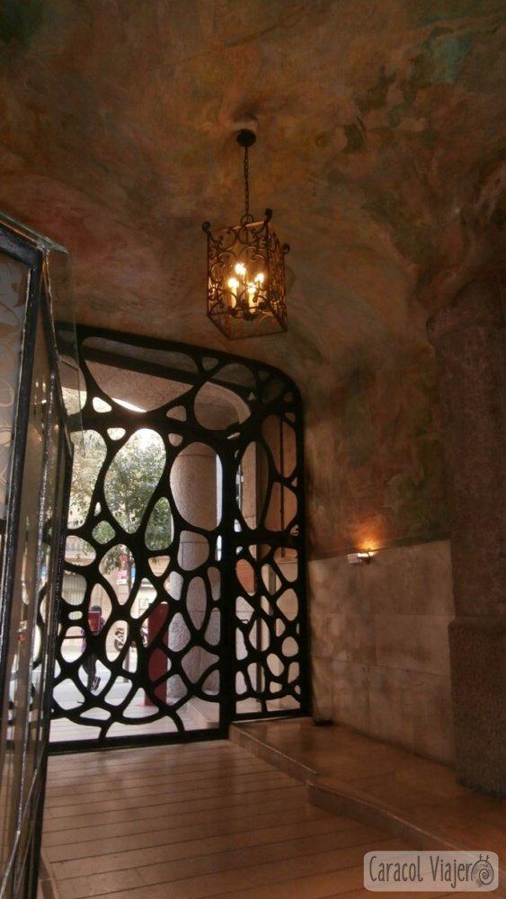 Casa Milà interior hierro