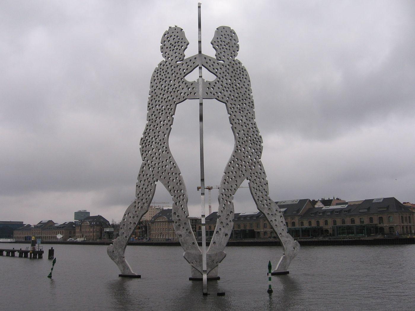 Molecule Man río Spree