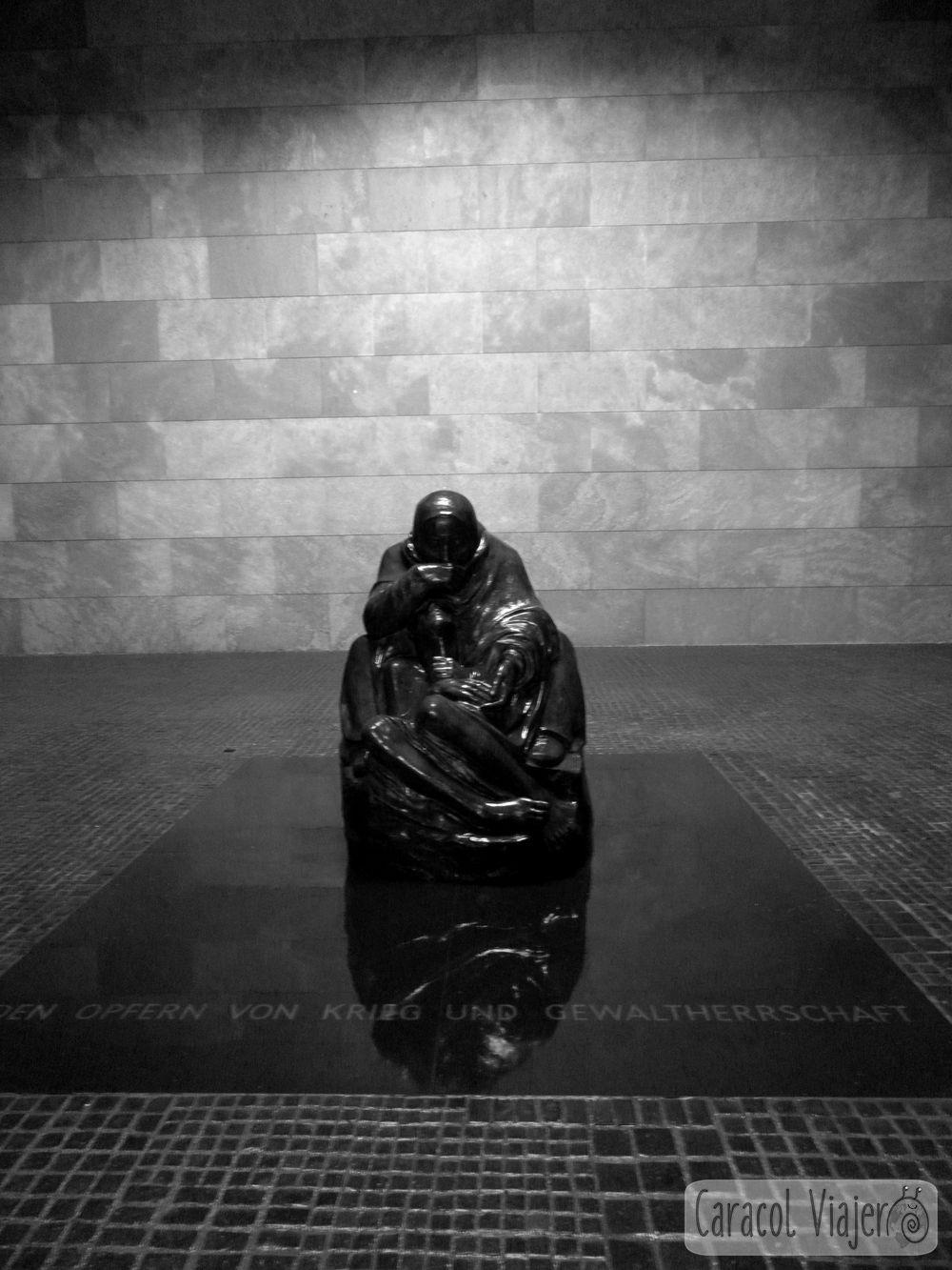 Memorial antibélico en Berlín