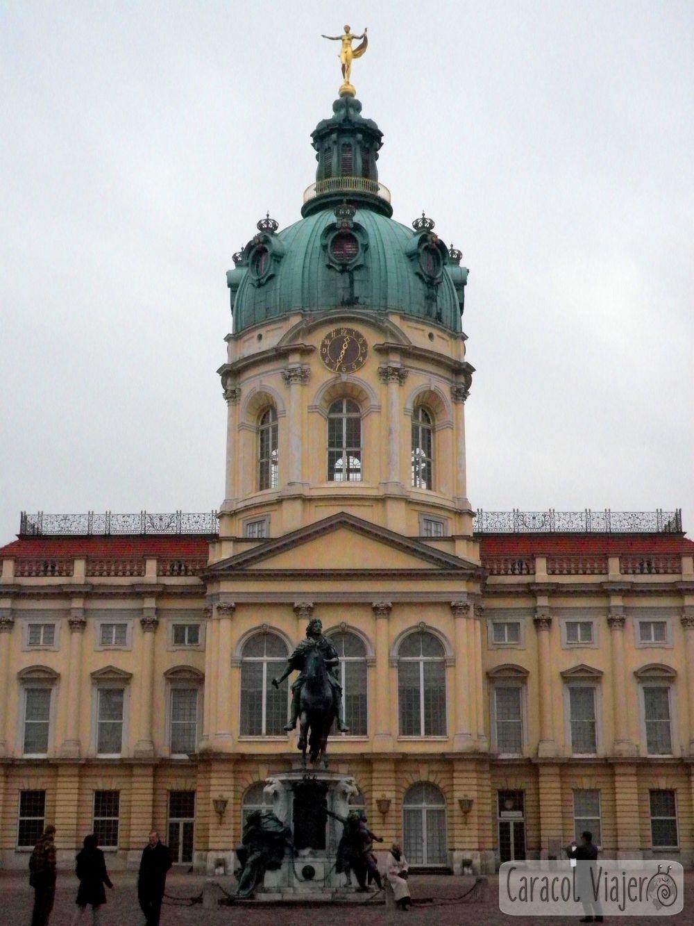 Puerta de Charlotteburg que visitar en Berlin