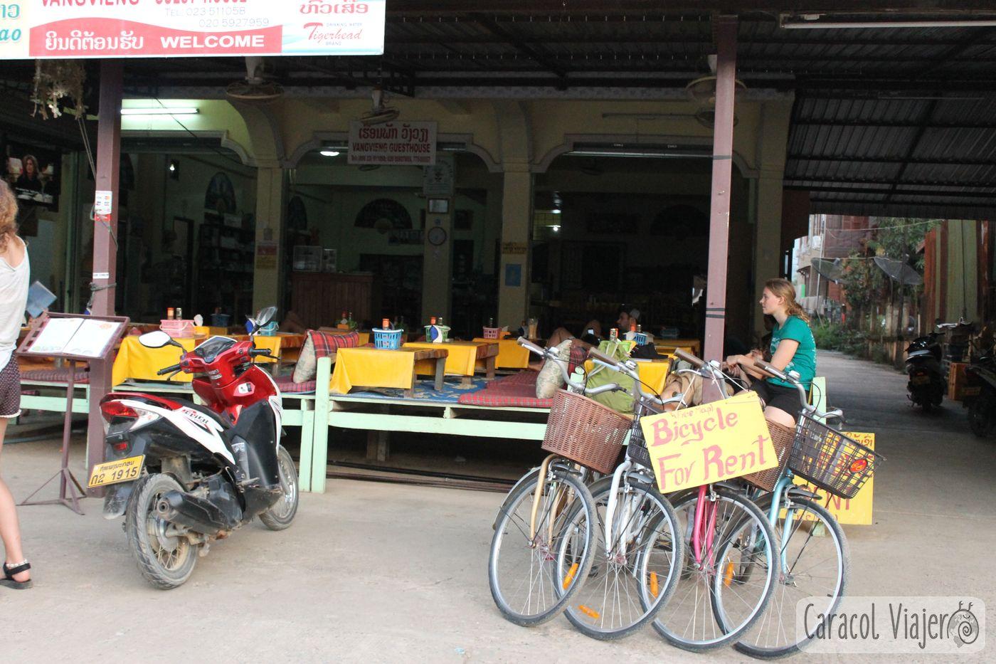 relax bar Vang Vieng