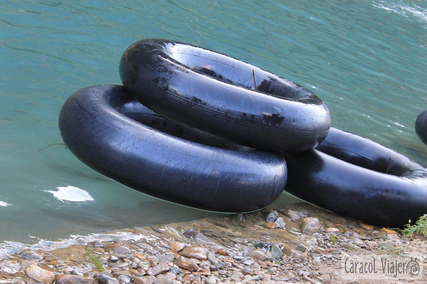 Laos tubing