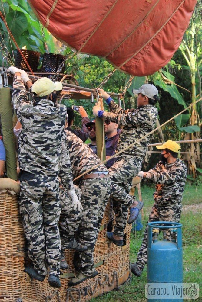 El equipo A del globlo en Vang Vieng