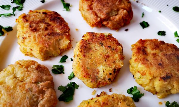 Falafel: albóndigas de garbanzos especiadas