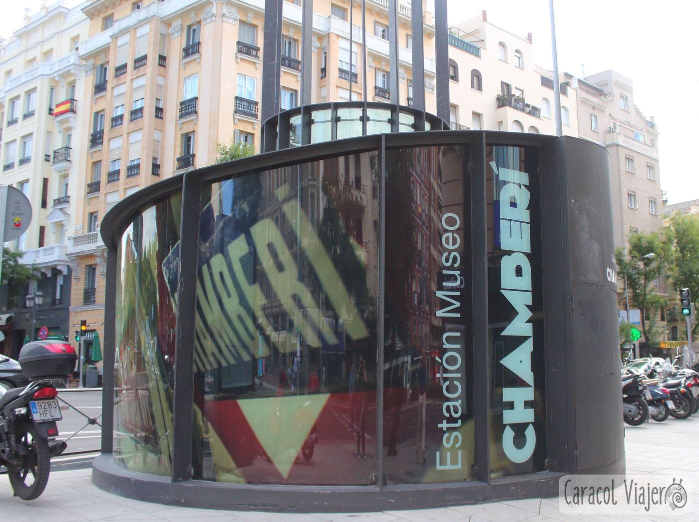 Puerta de acceso estación fantasma Chamberí