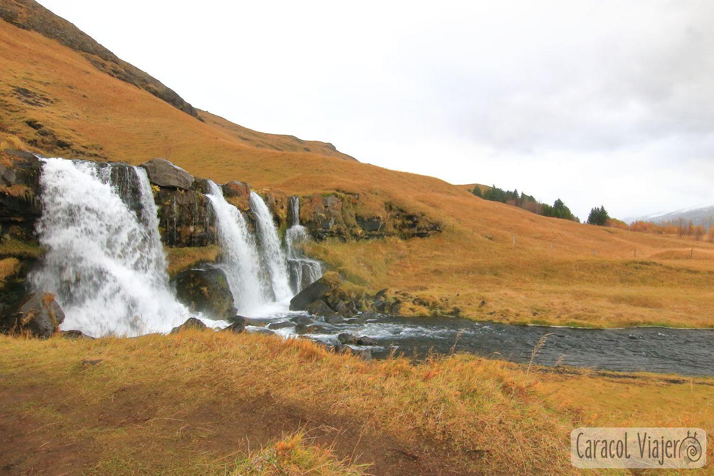 Las cascadas al sur de Islandia