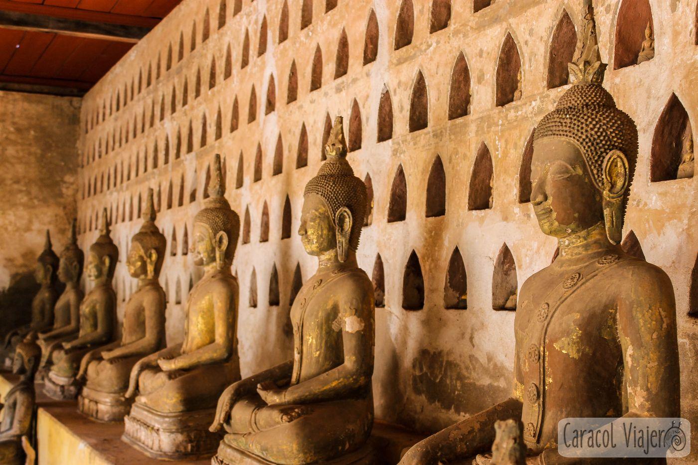 Estatuas Buda Templo Si Saket