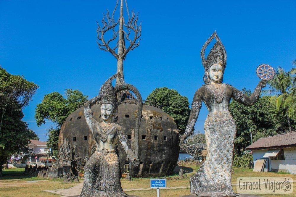 Buda Park figuras y calabaza