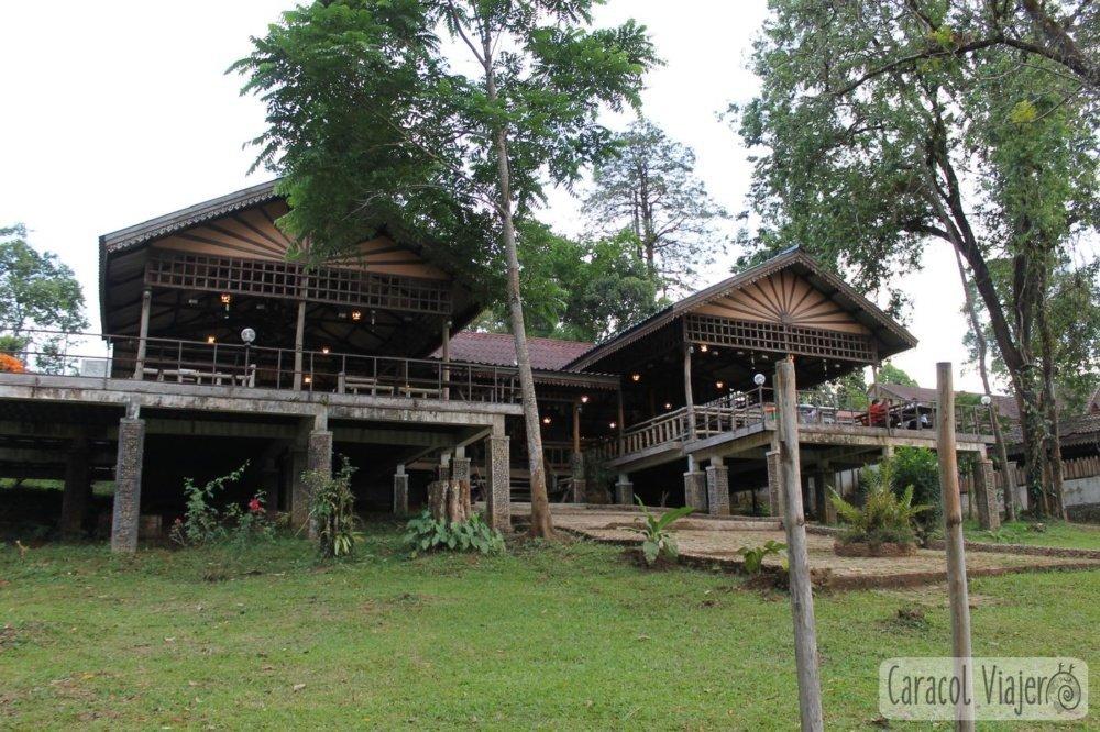 E-tu restaurante y alojamiento Laos