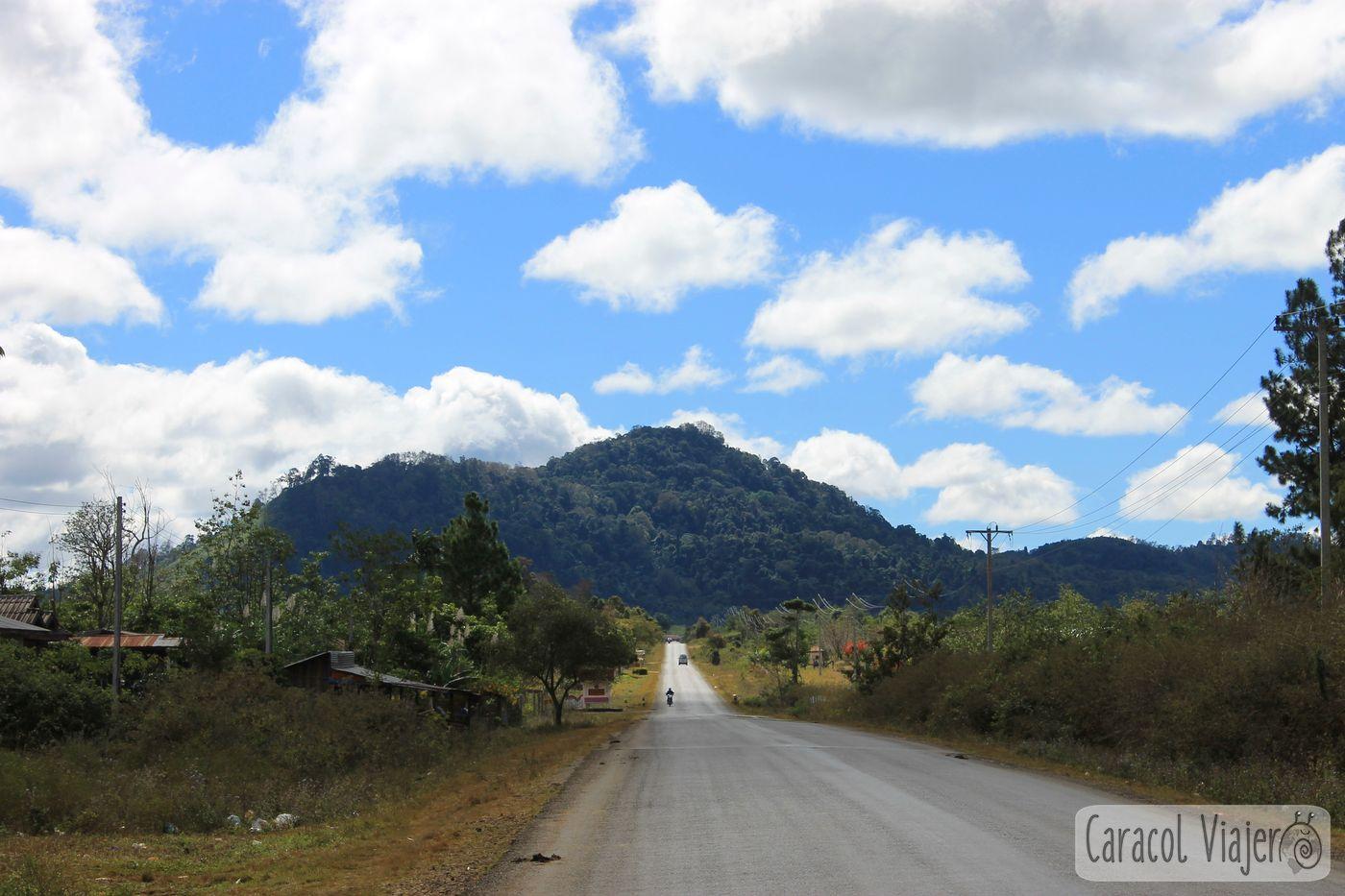Carreteras al sur de Laos