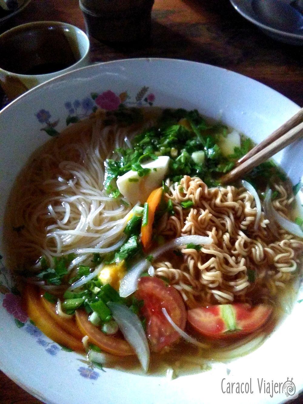 Sopa de noodles con Mr Vieng
