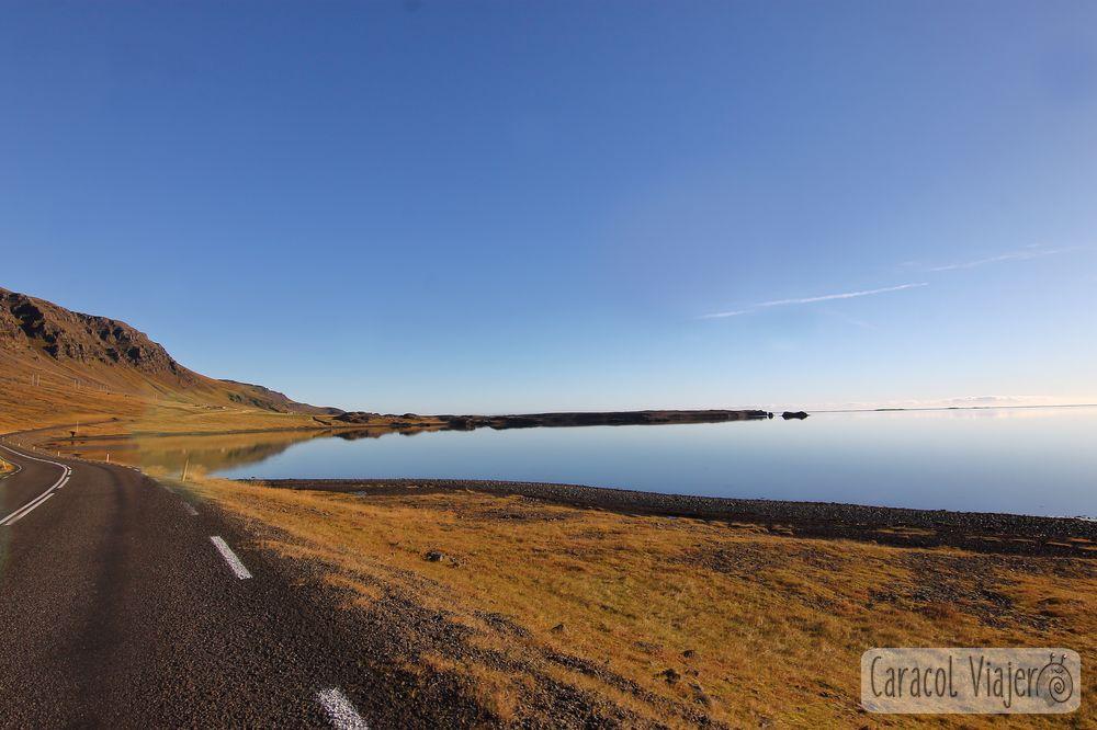 Sol de Islandia fotografía